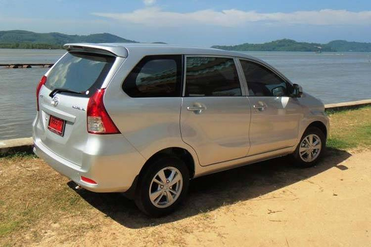 toyota avanza 7 seater automatic available from Braun Phuket car hire