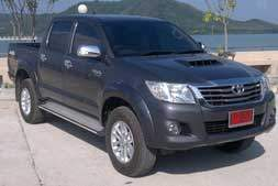 toyota vigo hilux 4WD pick up truck available from Braun Phuket car hire