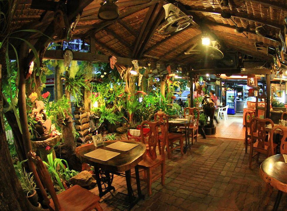 Phuket Restaurants, Natural restaurant